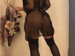 escorte sibiu: Bomba sexy bruneta de top